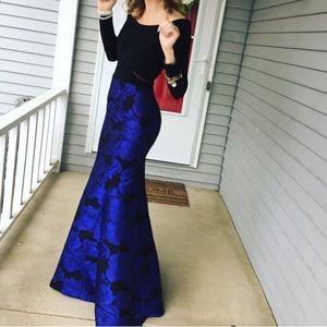 BEAUTIFUL prom/formal dress!!
